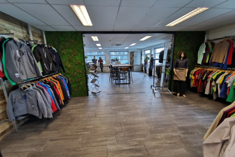 Showroom bedrijfskleding Breda SA Wear